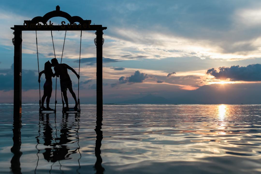 Find Love While Traveling Digital Nomad